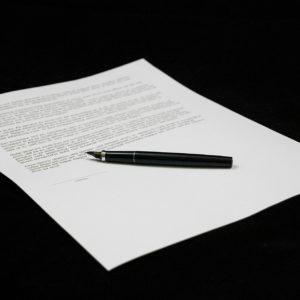 sporządzam opinie prawne i pisma procesowe